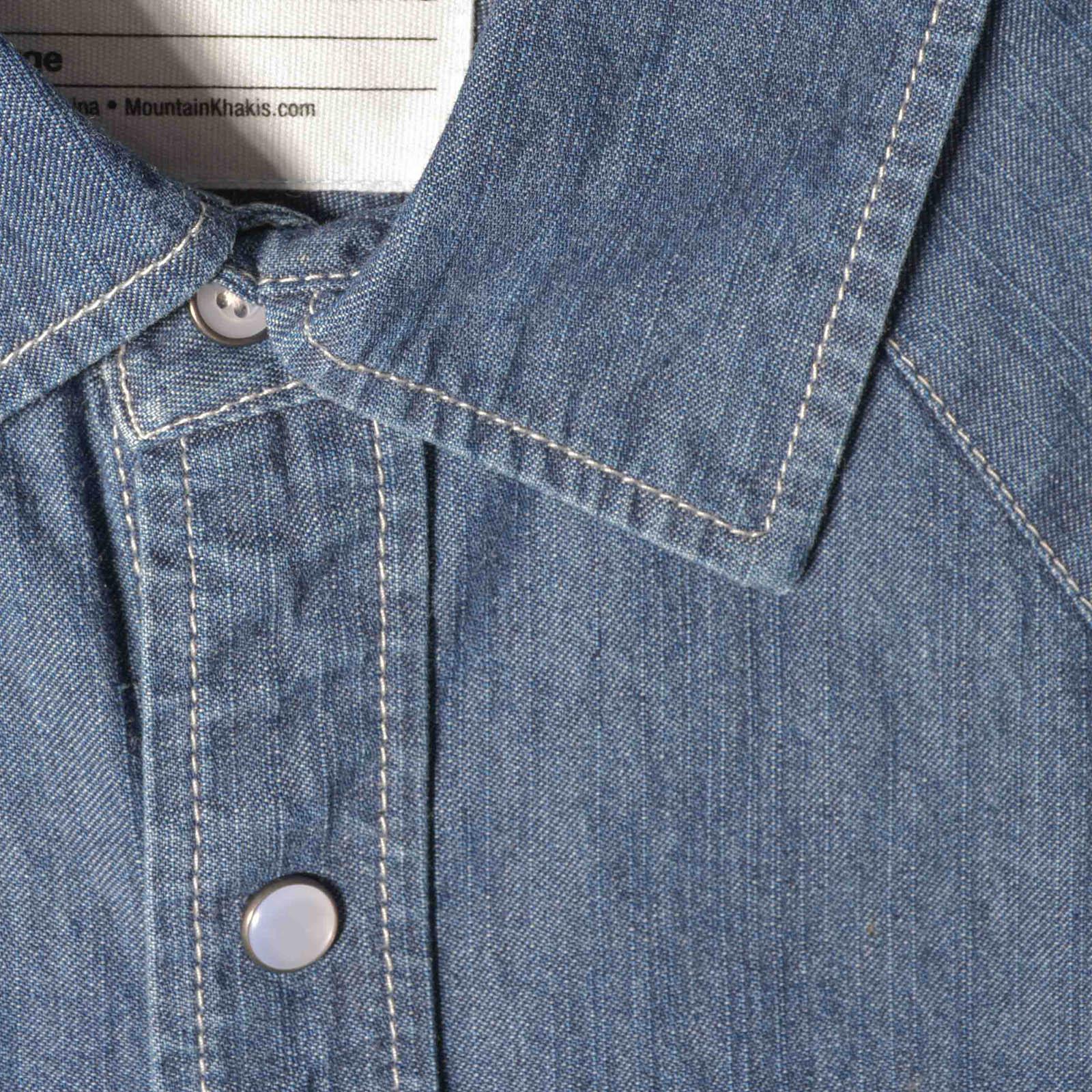 4fe4a4ac2f1 M original mountain denim shirt darkindigo raisinplaid collardetails